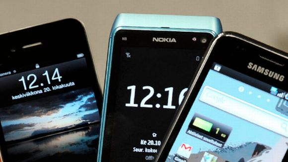 iPhone 4, Nokia N8, Samsung Galaxy S