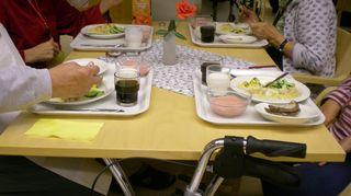 Ruokapöydässä