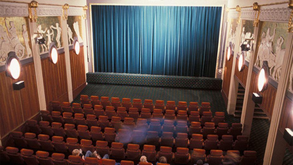 omat seksivideot elokuvateatteri hämeenlinna maxim