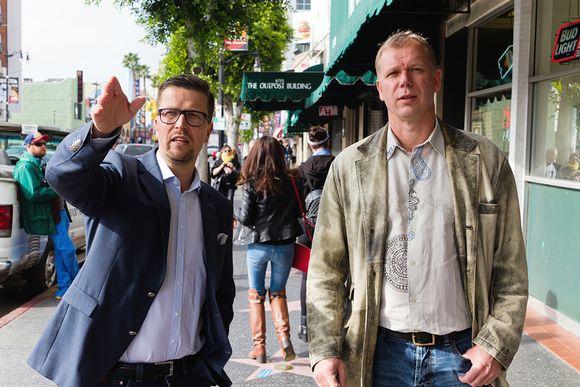 ohjaaja Klaus Härö ja tuottaja Kai Nordberg Hollywood Boulevardilla.