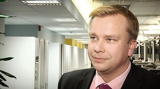 Ulkoasiainvaliokunnan puheenjohtaja Antti Kaikkonen