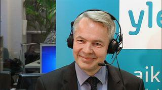 Pekka Haavisto Yle Helsingin nettistudiossa