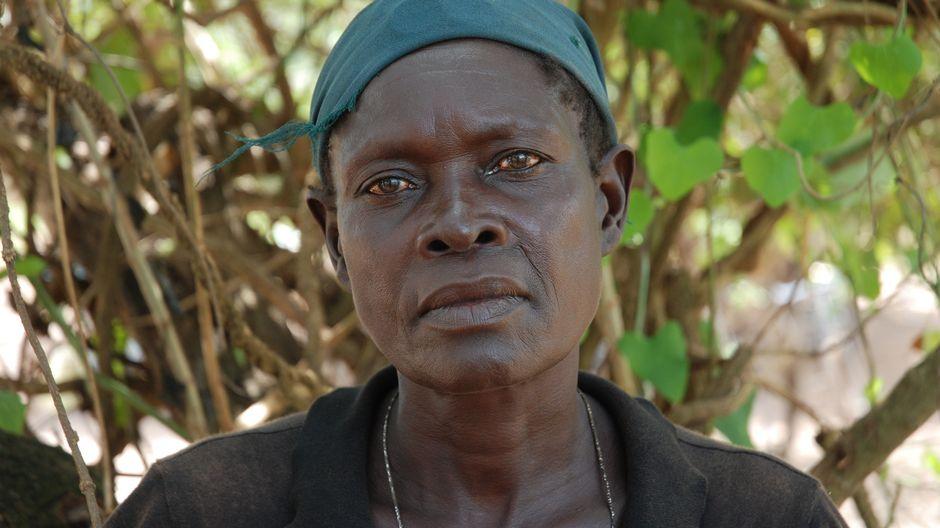 Ugandalainen Josephine Ateng.