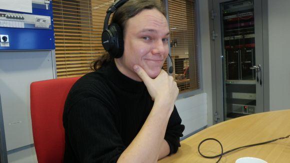 Tomi Astikainen, Zeitgeist liikkeen edustaja