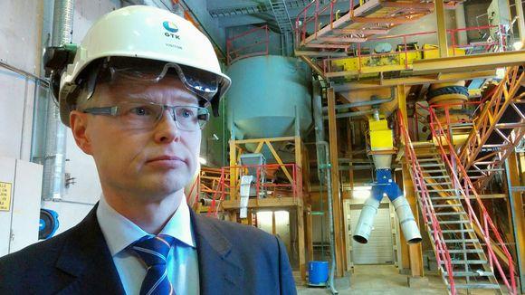 GTK:n pääjohtaja Mika Nykänen GTK Mintecin koetehtaassa Outokummussa.