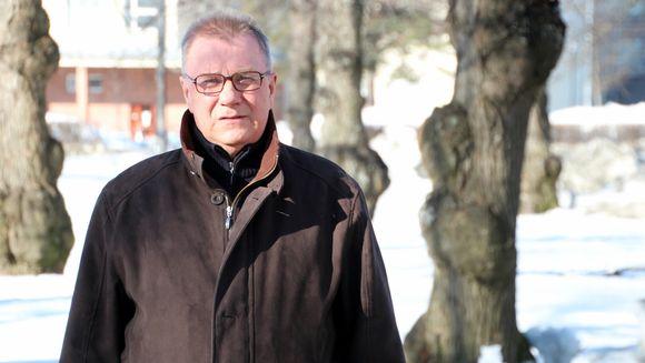Perussuomalaisten kansanedustaja Pentti Oinonen.
