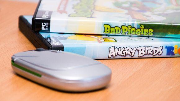 Rovio pelit ja tietokoneen hiiri lähikuvassa.