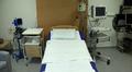 Synnytysosaston huone keskussairalassa.