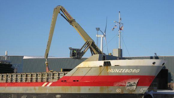 Alus Kemin Ajoksen satamassa.