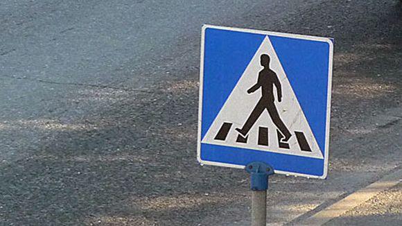 liikennemerkki suojatie jalankulkija kokkola