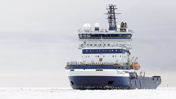 Arctia Shippingin jäänmurtaja Fennica on avustanut Shellin koeporauksia arktisille merialueille.