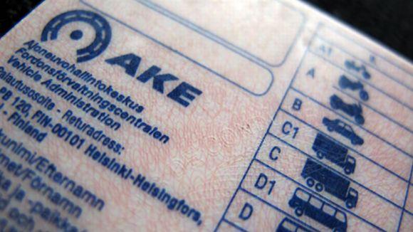 Ajokortti, jossa näkyvät ajoneuvoluokat.