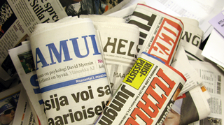 Sanoma- ja iltapäivälehtiä