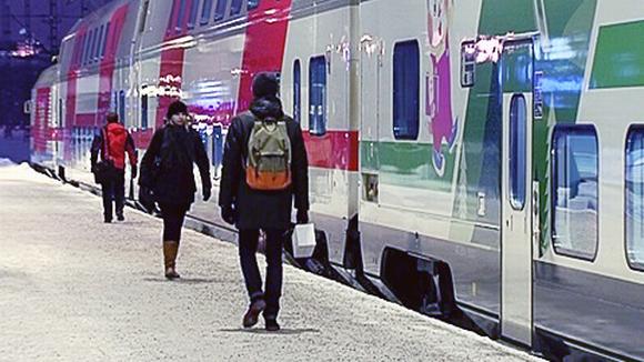 InterCity -juna Helsinginrautatieasemalla