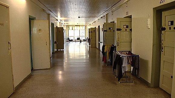Konnunsuon vankilan käytävä