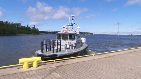 The Finnish Border Guard patrolling the waterways over Midsummer.