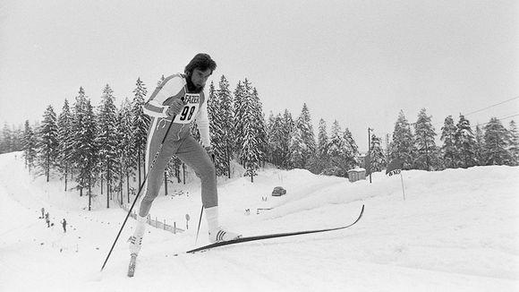 Juha Mieto miesten 15 kilometrillä hiihdon MM-kilpailujen esikisoissa 1977 Lahdessa.