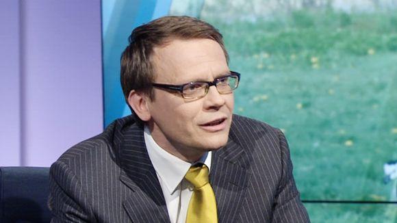 A-studiossa haastattelijana Heikki Ali-Hokka.