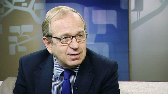 Erkki Liikanen, Governor of the Bank of Finland.