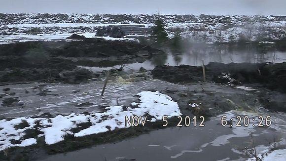 Talvivaaran kaivoksen jätealtaita.