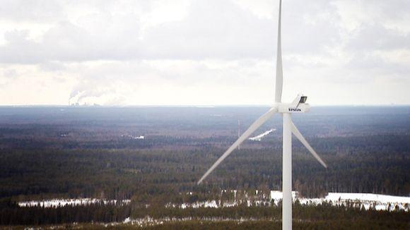 Tuulivoimala Simossa.