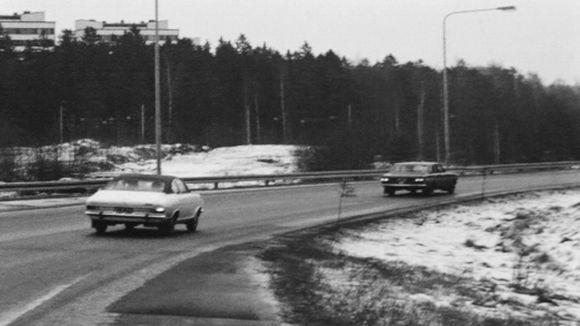 Tarvontien liikennettä Helsingissä vuonna 1972.