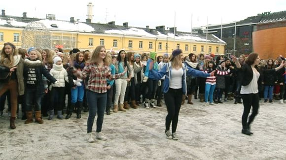 Video: Flash mob Narinkkatorilla 2.2.2013.