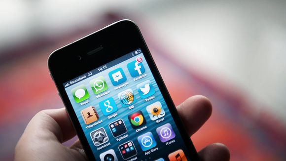 Pikaviestipalvelujen kuvakkeita äkypuhelimen näytöllä.