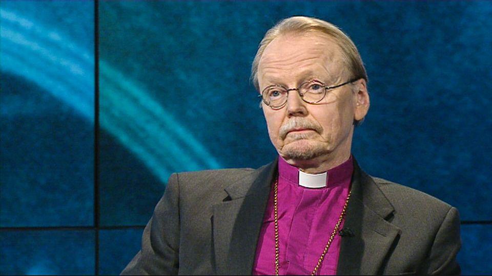 Arkkipiispa Mäkinen: Seison avioliittolakia koskevien kommenttieni takana | Yle Uutiset | yle.fi