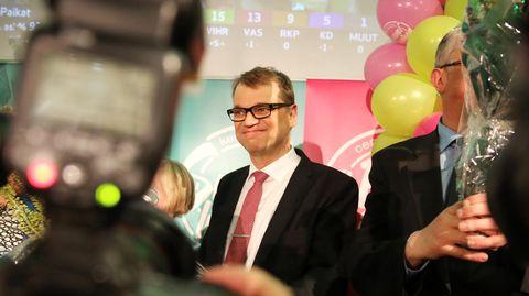 Juha Sipilä Keskustan vaalivalvojaisissa Helsingissä.