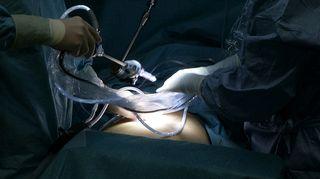 Video: Leikkaus käynnissä.