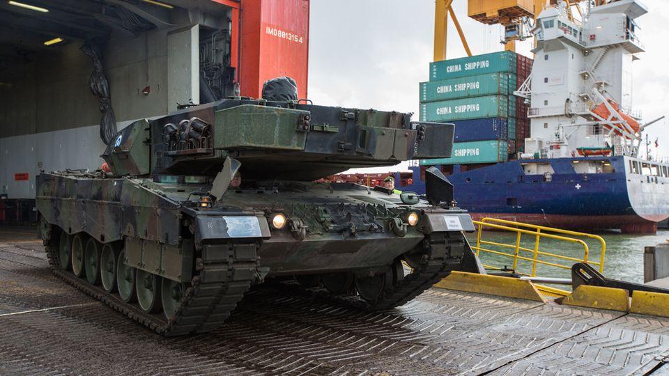 Leopard MBT 1/2 - Page 6 Leopard2A6_Vuosaari_Puolustusvoimat_Ville_Multanen_6