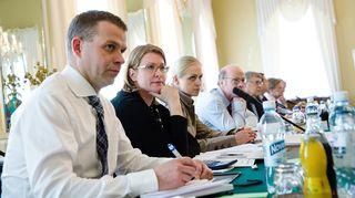 Hallitusneuvottelujen työryhmä 15. toukokuuta.