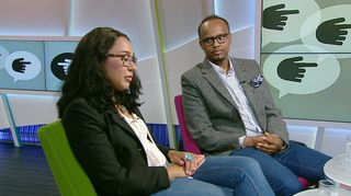 Video: Bloggaaja Koko Hubara ja juontaja Abdirahim Husu Hussein.