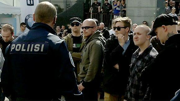 Suomen vastarintaliikkeen mielenosoitus Jyväskylässä.