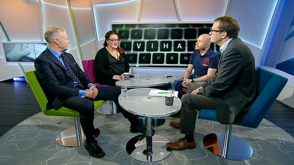 Video: Aller Median toimitusjohtaja Pauli Aalto-Setälä, mediatutkija Lilly Korpiola ja sosiaalisen median toimittaja Sami Koivisto Ylen Aamu-tv:ssä.