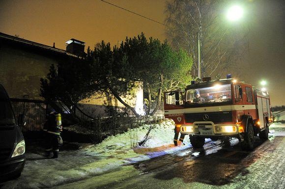 Tulipalo Vantaan Hämevaarassa, Viikatetiellä