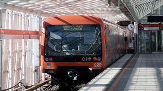 Metro Vuosaaren metroasemalla Helsingissä.