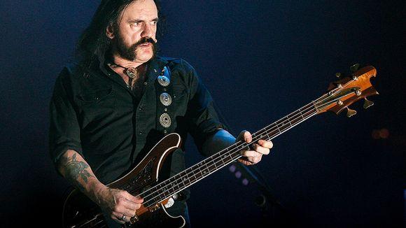 Video: Lemmy Kilmister esiintymässä Gijònissa Espanjassa Elokuussa 2007.