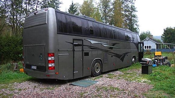 Härski Hartikaisen matkailuauto.