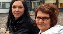 Koulunkäyntiavustajat Tanja Salmi ja Teija Nasturica.