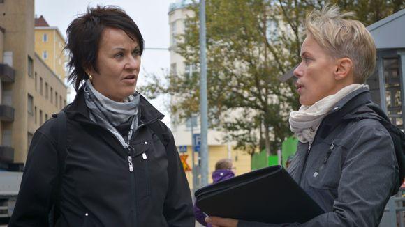 Pia Katajala ja Marika Sipilä Lahdessa.