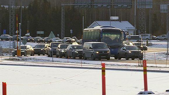 Rajaliikenne jonoutunut Nuijmaan raja-asemalle uuden vuoden tienoilla 2017