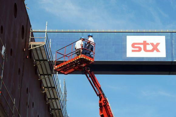 Työntekijöitä STX Europen Ranskan-telakalla Saint Nazairressa syyskuussa 2011.