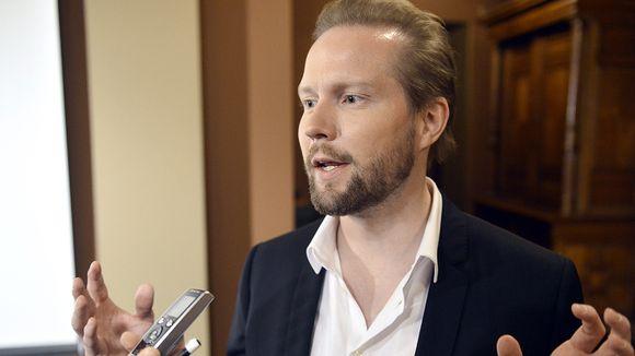 Professori Pekka Himanen.