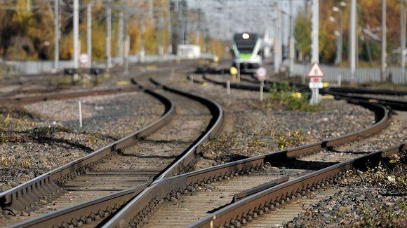 Junanraiteita Tikkurilan asemalla Vantaalla.