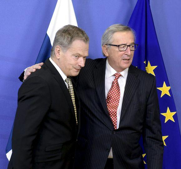 Presidentti Sauli Niinistö ja Euroopan komission puheenjohtaja Jean-Claude Juncker.