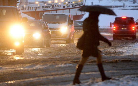 Liikennettä Helsingissä 25. tammikuuta.