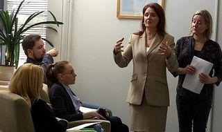 Ella Lazareva, Viveka Vuoristo, venäjänkielinen neuvola