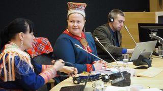 Pia Ruotsala, Tiina Sanila-Aikio ja Kalle Varis 23.2.2016